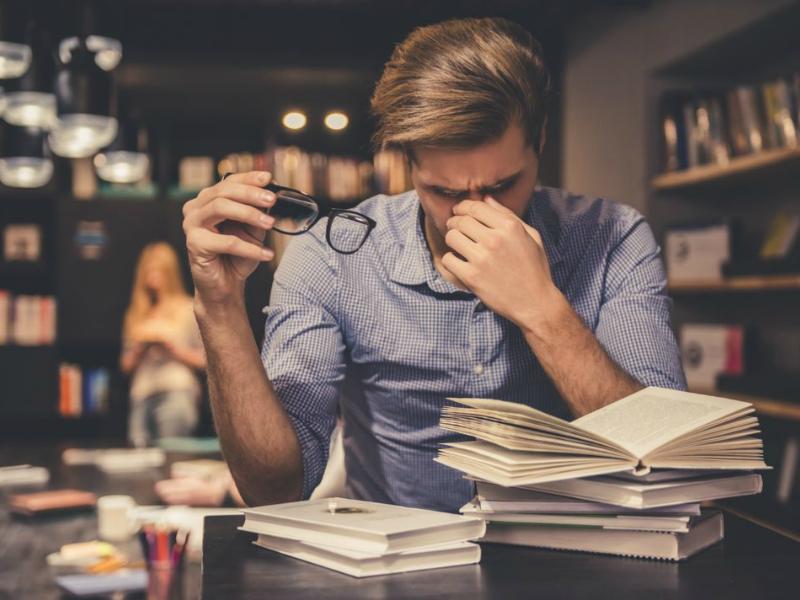 blog/literary-analysis-essay-tips.html